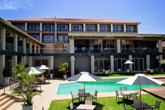 Umthunzi Hotel & Conference Pool