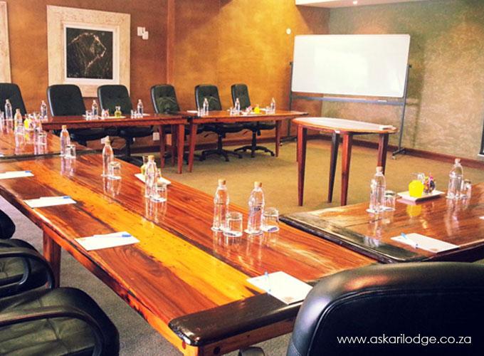 askari-game-lodge-conference-rrom
